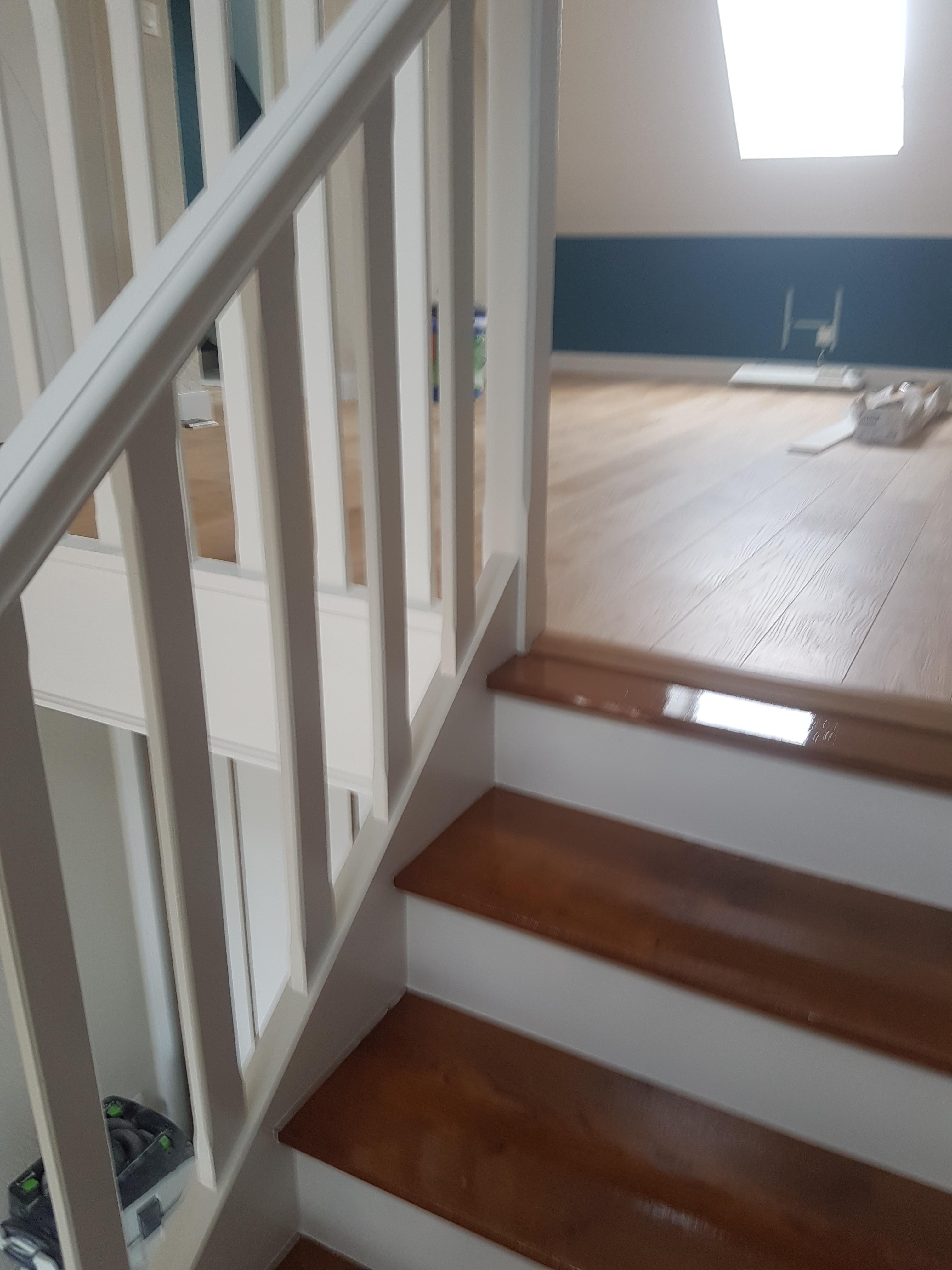 Vitrificateur Escalier Apres Peinture rénovation d'escalier